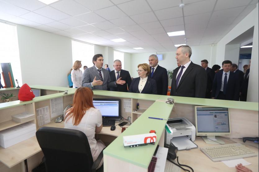 Глава минздрава РФ посетила региональные объекты здравоохранения